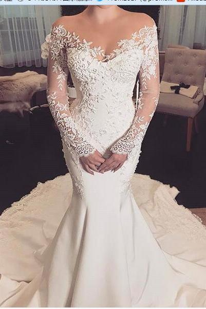 2018 Mermaid Satin Wedding Dresses Scoop Sheer Long Sleeve Lace Appliques Gorgeous Bridal Gowns