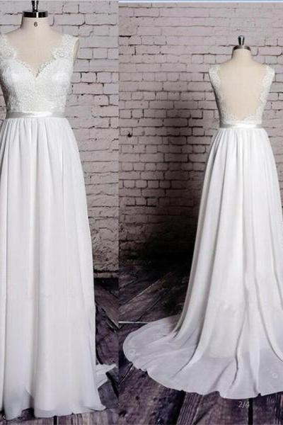 Charming Most Popular Backless A-line Lace Top V-Neck Long Wedding Party Dresses