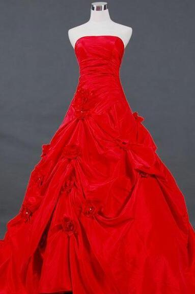 Charming Noble A Line Strapless Chapel Train Red Taffeta Pick Up Wedding Dresses Handmade Flowers Lace Up Strapless Wedding Gowns Bridal