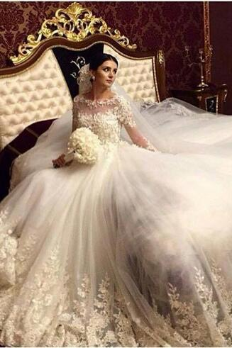 Romantic Victorian Ball Gown Long Sleeves Wedding Dresses Vintage Wedding Gowns Lace Appliques Bridal Dress