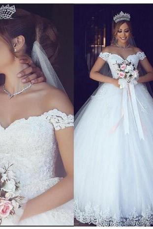 Lace 2018 Wedding Dresses Sweetheart Pearls Ball Gown Tulle Bridal Dresses Vintage Cheap Wedding Gowns