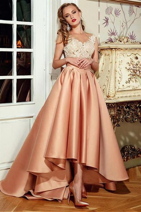 Champagne Wedding Dress High Low Wedding Gown Fashionable Tulle & Satin Bateau Neckline A-Line Wedding Dresses With Lace Appliques