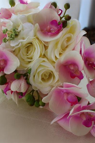 New Arrival Wedding Bouquet Handmade Flowers Ivory and Light Pink Teardrop Cascade Bridal Bouquet Wedding bouquets