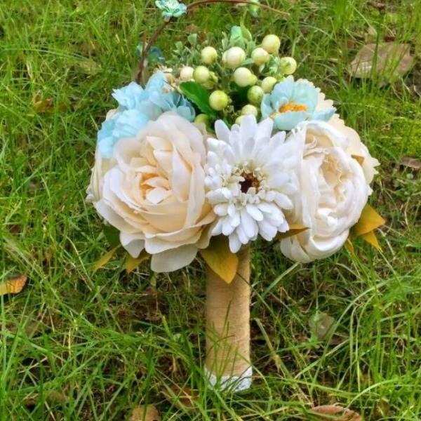 New Arrival Wedding Bouquet Handmade Flowers White and Beige and Blue Bridal Bouquet Wedding bouquets